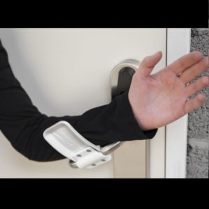 Hands-Free-3D-Printed-Door-Opener-by-Materialise